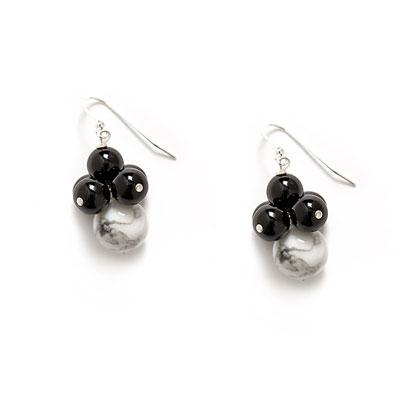 white-marble-black-onyx-cluster-earring